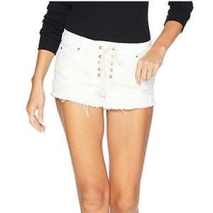 GUC Billabong Lace Front Distressed White Shorts